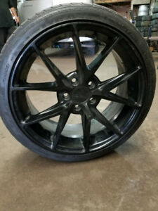 18 inch Niche rims with tires 5x112
