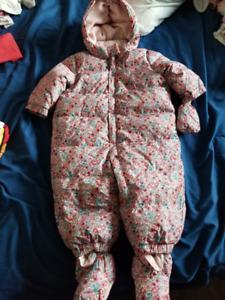 Manteau d'hiver 6/12 mois pour bébé fille - usagé