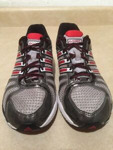 Women's Adidas Boost Running Shoes Size 6 London Ontario image 4