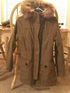 LADIES ROOTS BEAUTIFUL WINTER COAT