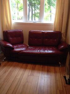 fauteuil et divan 3 places en vrai cuir West Island Greater Montréal image 3
