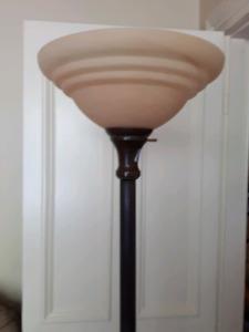 Lampe de torchère