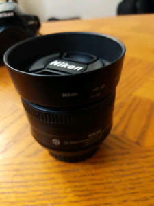 Nikon Nikkor 35mm f1.8 DX lens