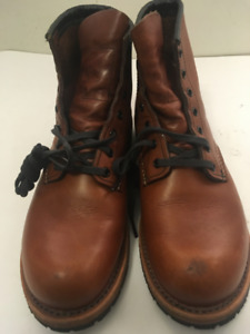 """Red Wing Heritage Beckman Round 6"""" Boot Size 7D"""