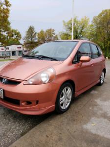 2007 freshly safetied Honda fit