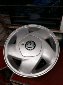 Vauxhall alloys reduced price to clear