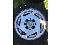 Ford XR2i Alloy Wheels - x4