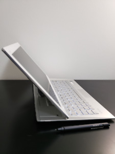 Great condition VAIO DUO 13, 256GB, 8GB RAM,  i7