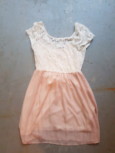 9 pieces brand name teen /women's dresses and skirts