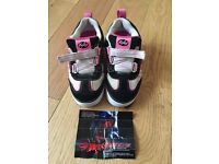 Pink light up Heelys size junior 11