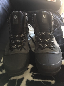 Botte Merrell 7 1/2 HOMME *** NEGOCIABLE ***