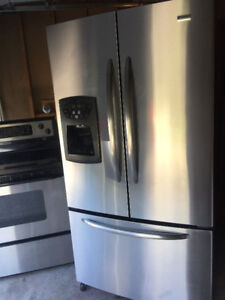 Kenmore stainless steel fridge with ice maker for sale