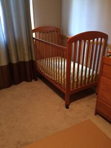 Twins crib set with dresser/change table combo