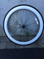 Roue avant pour velo ,fixie,single speed  neuf