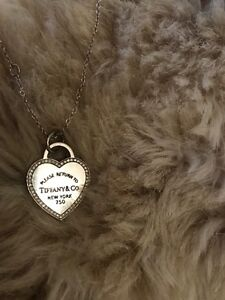 Return to Tiffany heart tag pendant  West Island Greater Montréal image 2