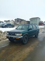 1996 Nissan Pathfinder 5 speed Leather