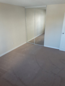 Great One Bedroom with balcony Downtown