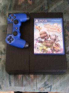 PS4 *Perfect condition* with 9 months online and many games!