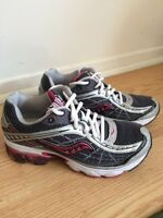 Saucony Grid Raider Running Shoes - Size 6