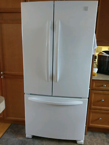 Kenmore fridge like new**need gone