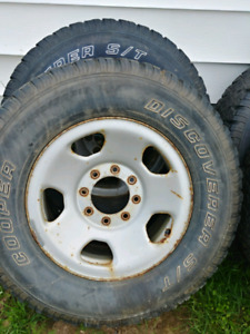 F250 18 inch rims and studded tires