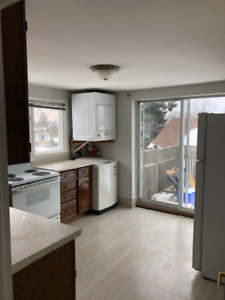 Clean 2 bedroom house unit available immediately