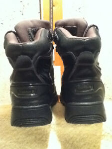 Women's Coleman Winter Boots Size 8 London Ontario image 2