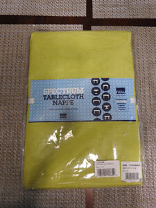 GREEN table cloth $12