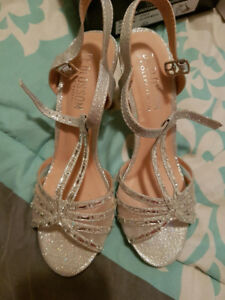 Silver shoes size 51/2