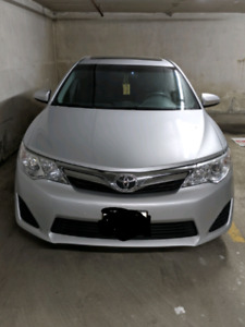 2013 Toyota Camry LE- PERFECT CONDITION