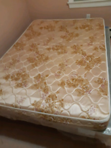 ({{SOLD}})Full/Double size mattress (2)