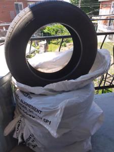 4 bon pneus d'été Michelin 175 65R14