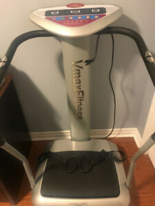 Like New Vmax Fitness i25 Whole Body Vibration Exercise Machine