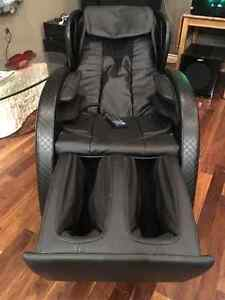 Floor Model - LAST ONE - Massage Chair - FREE DELIVERY