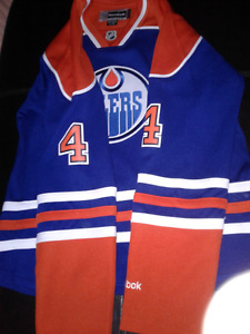 NHL EDMONTON OILERS #4 HALL  NEW OLD STOCK SIZE L REEBOK WOMAN