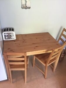 Table a manger ! 75$ NEGO