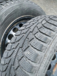 4 winter tires on rims 215/60/R16 (for VW)