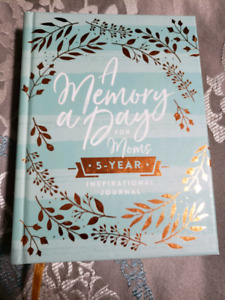 A Memory A Day For Moms Journal New