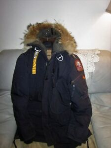 AUTHENTIC MENS PARAJUMPERS KODIAK PARKA SIZE LARGE SLIM FITTED.