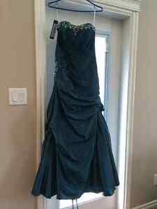 Grad Dress size 6 Strathcona County Edmonton Area image 2