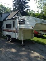 1987 Terry Resort 5th wheel camper trailer