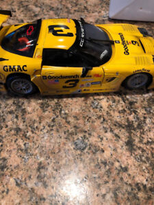 Dale Earnhardt Corvette C5R Diecast from Daytona 24H