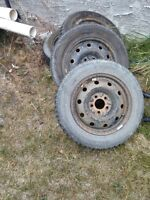 honda civic 15 inch winter tires and steel rims  195r65/15