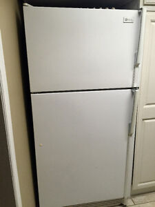 FREE USED APPLIANCES AND LIVING ROOM SET - MUST GO!