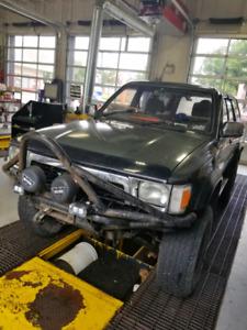 1990 Toyota Hilux SSR Surf $7500 obo