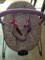 Baby girl bouncy chair