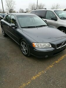 2007 Volvo S60 AWD TURBO R package LOADED