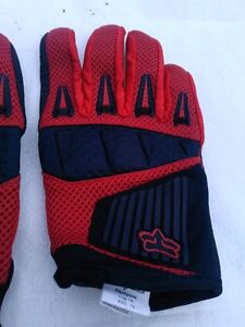FOX MOTORCYCLE GLOVES SIZE L Windsor Region Ontario image 3