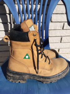 Size 8 Men's Safety Boots
