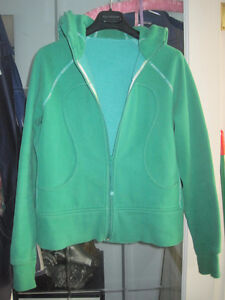 Genuine Lululemon Earth Green Scuba Hoodie - Size Medium